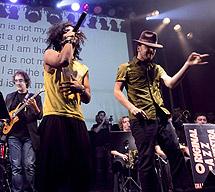 Un momento del karaoke libre, cantando 'Billy Jean'. | EXGAE | E.B