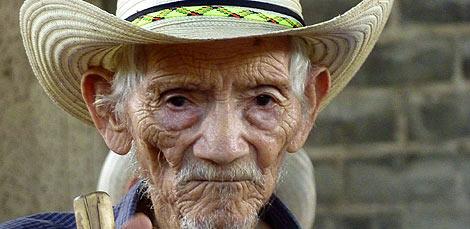 Tomás, 90 años, necesita la ayuda de la Fundación Segundo Montes. | L. Leonardo