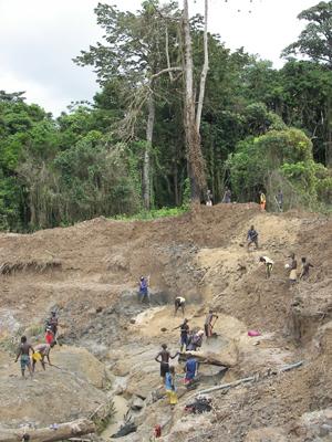 Trabajadores en las minas | Foto: F.Calero