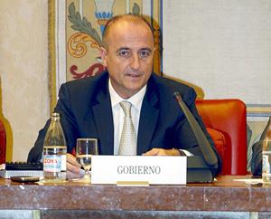 El ministro de Industria, Miguel Sebastián, en rueda de prensa. | Efe