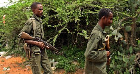 Tropas del gobierno federal somalí se entrenan en Mogadiscio.   AFP