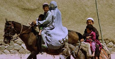 Una familia de refugiados afganos | Ap