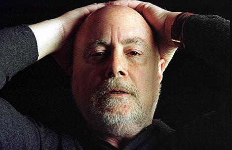 El escritor Raúl Guerra Garrido.   El Mundo