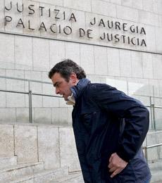 De Pedro, entrando al Juzgado. | Efe