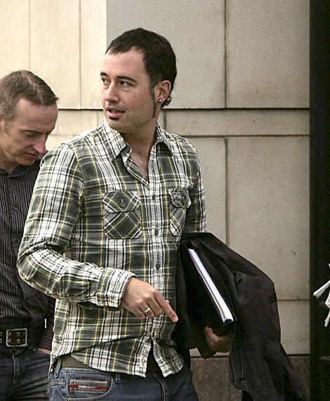 Arturo Villanueva, a su llegada a los juzgados de Belfast. | Efe