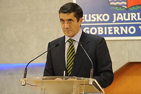 López informa en rueda de prensa tras la reunión del Consejo de Gobierno.   Pablo González