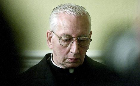 El cardenal irlandés Desmond Connell, acusado de no denunciar los abusos. | Efe