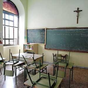 Un crucifijo en el aula de un colegio español. (Foto: M. Alvarez)