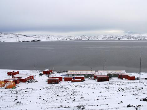 La base antártica española Gabriel de Castilla. | Foto: Eduardo Insignares