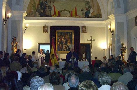 Imagen de la misa oficiada el pasado fin de semana. (santa-maria-reina.blogspot.com)