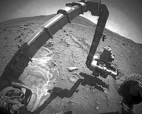 La sonda 'Spirit' quedó atrapada junto a un cráter en abril. | NASA