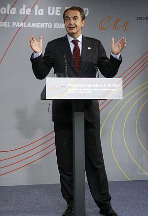 Zapatero quiere contentar a todas las partes; ¿lo logrará? | Efe