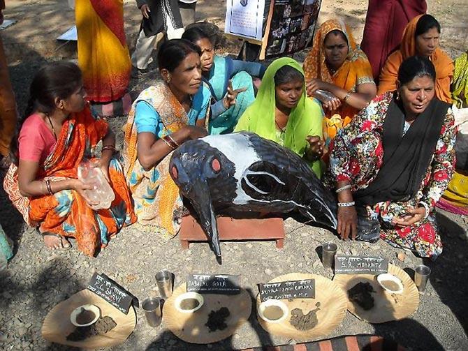 Reunión de afectados en Bhopal.| www.bhopal.com