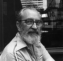 El poeta Ángel González
