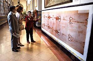 Cutre-reproducción de la Sábana Santa expuesta en Valencia en 2003 | Alberto Di Lolli.