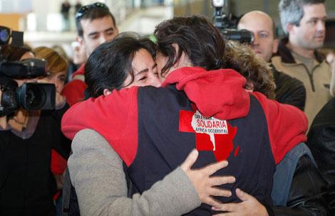 Voluntarios de la caravana, a su llegada este miércoles a Barcelona | A. Moreno