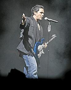 Alejandro Sanz en un concierto.