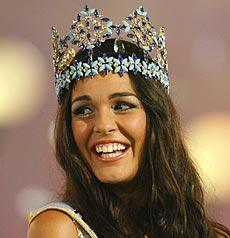 Kaiane Aldorino con la corona. | AP
