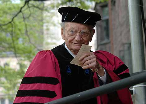 Paul A. Samuelson en la Universidad de Yale, en New Haven. | AP