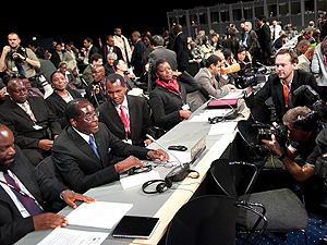 El presidente de Zimbabue, Robert Mugabe, en la cumbre de Copenhague. | Efe
