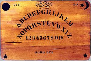 Imagen del primer 'tablero parlante' registrado como 'ouija'.