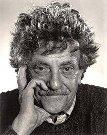 El escritor Kurt Vonnegut