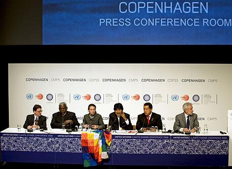 Los representantes de los países disidentes con el acuerdo, en una rueda de prensa. | Efe