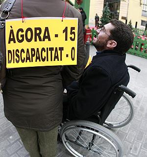 Movilización a favor de las ayudas a los dependientes. | José Cuéllar