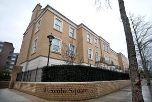 En Wycombe Square, las casas vaen una media de 4,8 millones de euros. | AFP