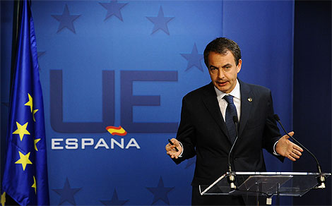 El presidente Zapatero, en una rueda de prensa reciente. | Afp