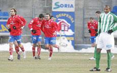 Jugadores del Numancia celebran un gol | Efe