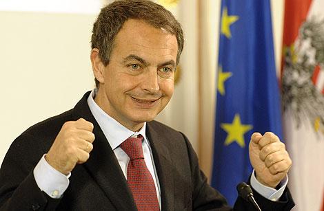 Zapatero, durante la rueda de prensa tras reunirse con el canciller austriaco Faymann. | Ap