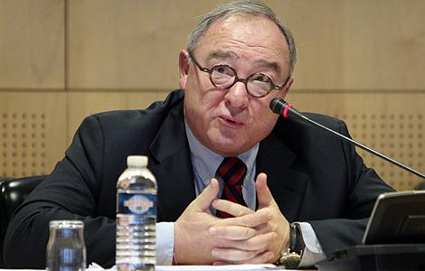 El director general de la ESA, Jean-Jacques Dordain, durante la rueda de prensa en París.   AFP