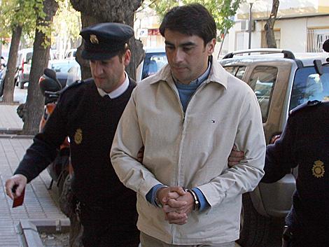 El condenado por el crimen de Rocío Estepa conducido al juicio. | Aurora Cañada