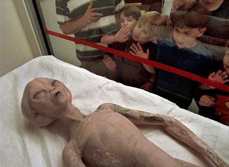 Recreación de un alienígena en el Museo de Rockwell (Nuevo México, EEUU). | AP