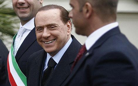 El primer ministro italiano, Silvio Berlusconi, antes del Consejo de Ministros. | AFP