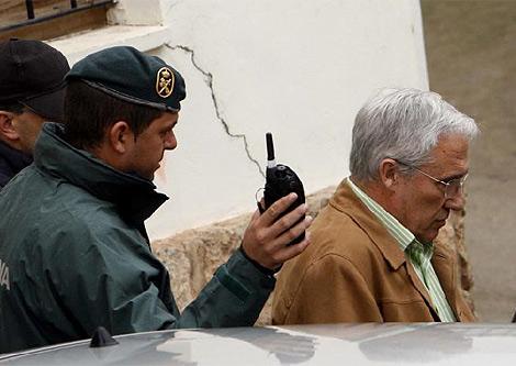 Juan José Rubio y su hijo fueron detenidos por delitos urbanísticos en 2008   V.Bosch