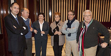 Algunos miembros del jurado tras comunicar el fallo de los premios. | I. Andrés
