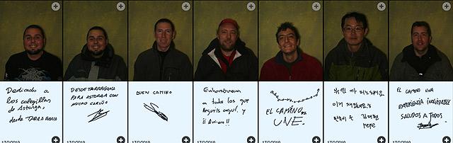 Algunos de los peregrinos retratados que han dejado su dedicatoria. | Ical