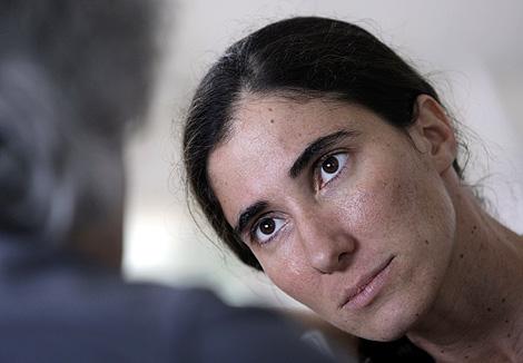 La bloguera cubana, durante la entrevista concedida a Reuters. | Reuters