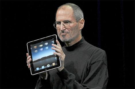 Steve Jobs, en la presentación del iPad. | Reuters