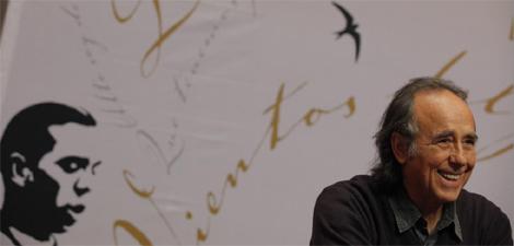Serrat, en la presentación de su disco en homenaje a Miguel Hernández. | Antonio M. Xoubanova