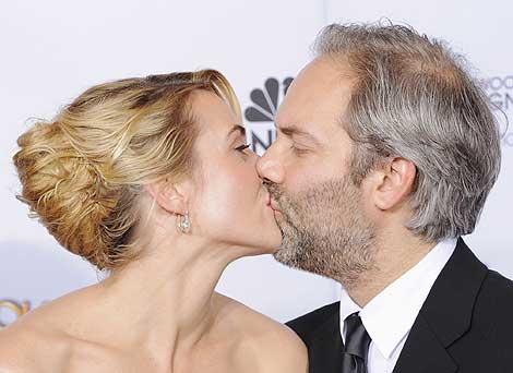 Kate Winslet y Sam Mendes, tras los Globos de Oro. | Ap