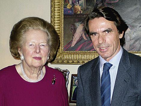 Margaret Thatcher y José María Aznar, en la residencia privada de la primera en Londres. | Efe