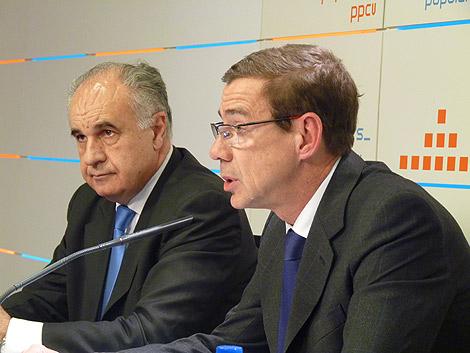 Rafael Blasco y Antonio Clemente, en rueda de prensa.   E.M.