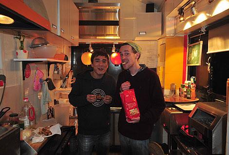 Justin y Tenzin acabaron con todas mis quelitas | J.C.C.