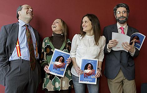 Los actores Rafa Herzé, Nazaret Moya, Vanesa Rodríguez y Ander Pardo. | Efe