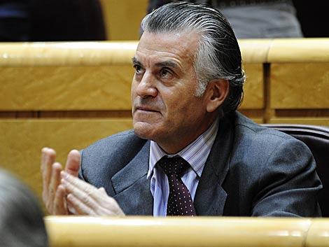 Luis Bárcenas, en su escaño en el Senado. | Bernardo Díaz