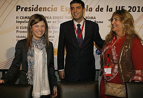 La ministra Bibiana Aído, junto a participantes en la cumbre de Córdoba. | Madero Cubero