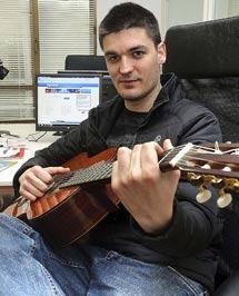 Mikel Garcés.   Patxi Corral